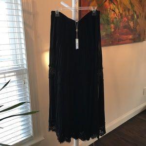 Beautiful Max XL skirt